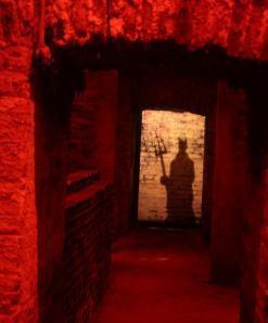 """Adega """"Casillero del Diablo"""", trancada a chaves e sob os cuidados do diabo"""